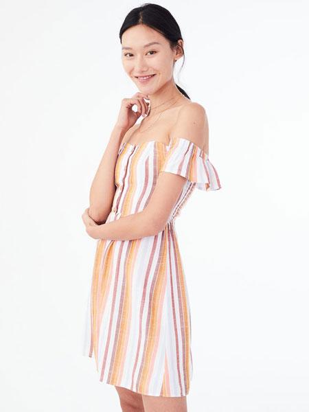 Aeropostale休闲品牌2019春夏新款条纹一字肩短袖连衣裙