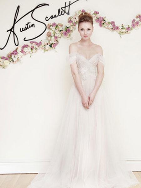 Austin Scarlett婚纱/礼服品牌2019春夏新款 肩带V领露背拖尾婚纱