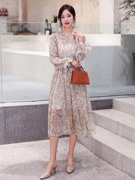 高梵女装品牌2019春夏新款碎花中长款过膝裙子女超仙气质长裙韩版