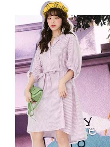 MISSLI女装品牌2019春夏新款条纹系腰衬衫连衣裙