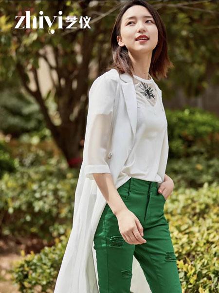 芝仪女装品牌2019春夏新款时尚休闲防晒衬衫