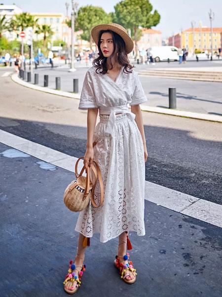 搜美女装品牌2019春夏新款气质清新V领蕾丝镂空蝴蝶结和服松紧腰纯棉半身长裙两件套装