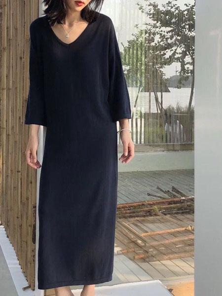 纽束女装品牌新款慵懒风毛衣女V领套头针织内搭过膝超长网红毛衣裙