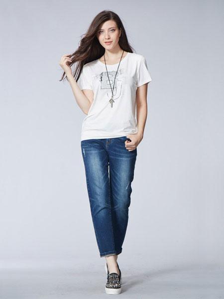 比利休闲品牌新款宽松牛仔裤女韩版显瘦胖mm修身
