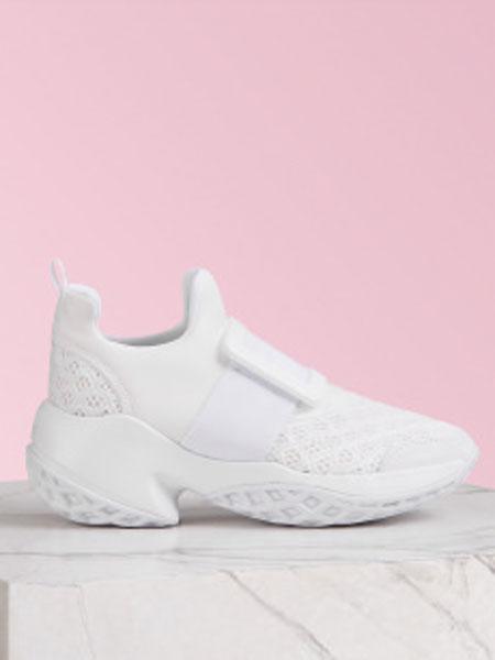 罗杰·维维亚鞋帽/领带品牌2019春夏新款时尚休闲运动鞋