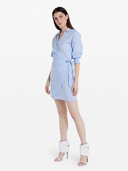 柏翠莎·佩佩女装品牌2019春夏新款韩版显瘦修身大码中袖时尚淑女百搭条纹连衣裙