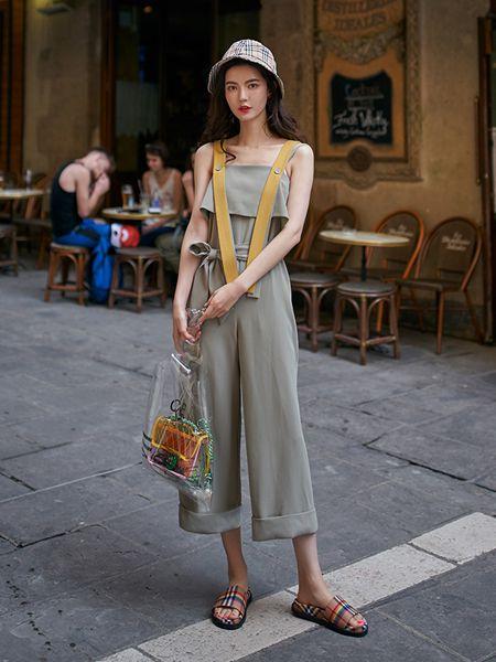 搜美女装品牌2019春夏七分裤卷边系带收腰显瘦连体裤休闲裤潮