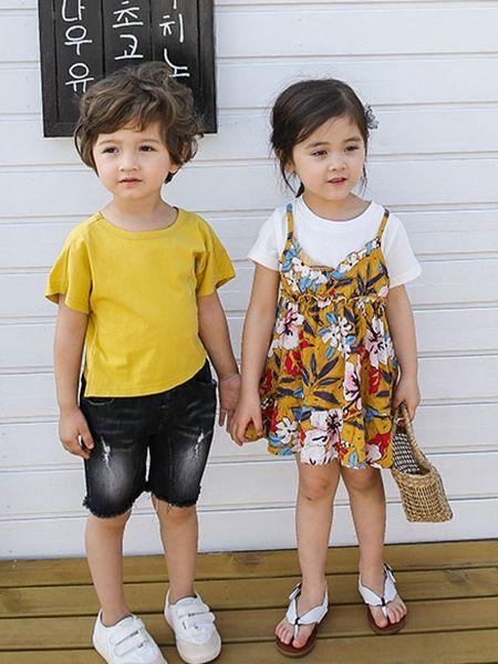 城秀童装品牌2019春夏新款时髦洋气中童运动休闲两件套