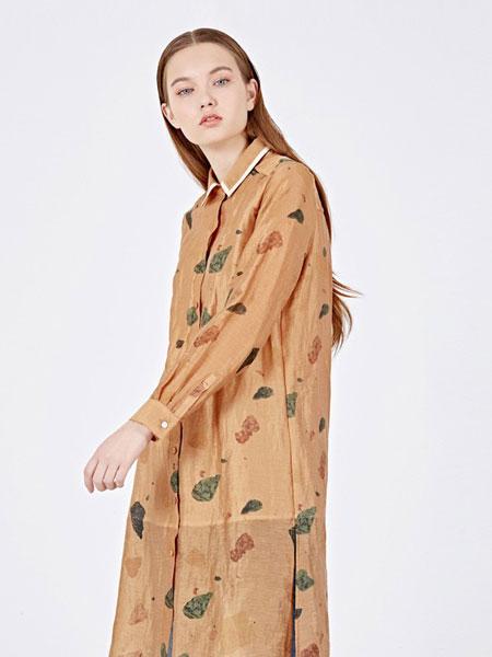 女性日记女装品牌2019春夏新款印花衬衫上衣