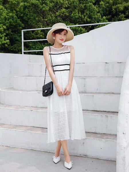 M+女装品牌2019春夏新款韩版收腰显瘦中长款女装很仙的法国小众连衣裙
