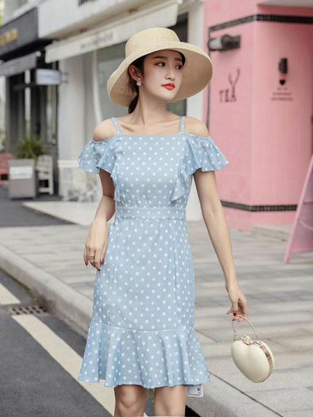 M+女装品牌2019春夏新款韩版潮流时尚修身显瘦中长款连衣裙