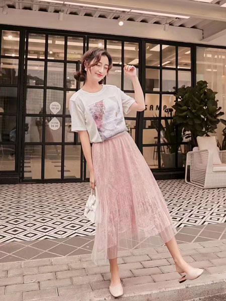 M+女装品牌2019春夏新款小清新甜美学院风套裙T恤网纱蕾丝裙仙气两件套