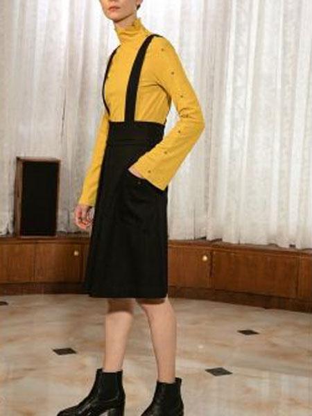 玛丝图女装品牌新款时尚显瘦气质淑女背带裙两件套