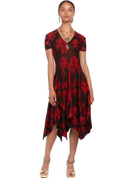 罗伯特·卡沃利女装品牌2019春夏新款韩版中长款高腰显瘦印花连衣裙