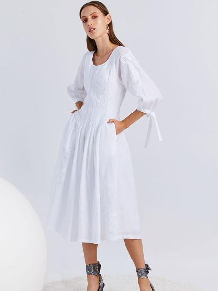 Novis女装品牌2019春夏新款文艺复古收腰连衣裙