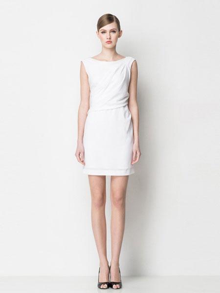 怡琇服饰女装品牌2019春夏新款纯白色褶皱小领型无袖中长连衣裙