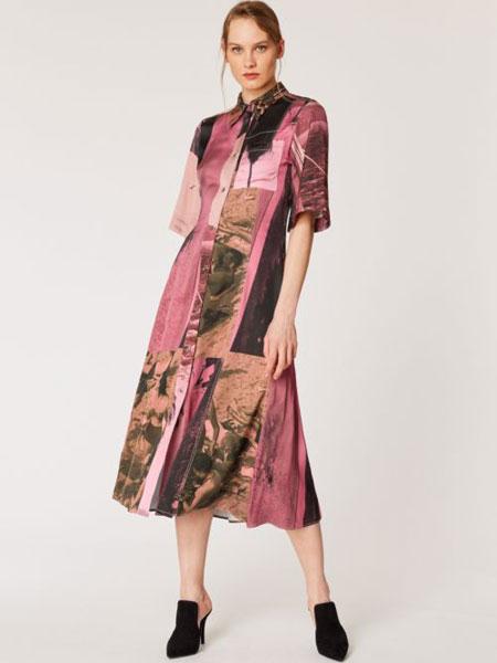 保罗・史密斯女装品牌2019春夏新款时尚文艺复古印花连衣裙