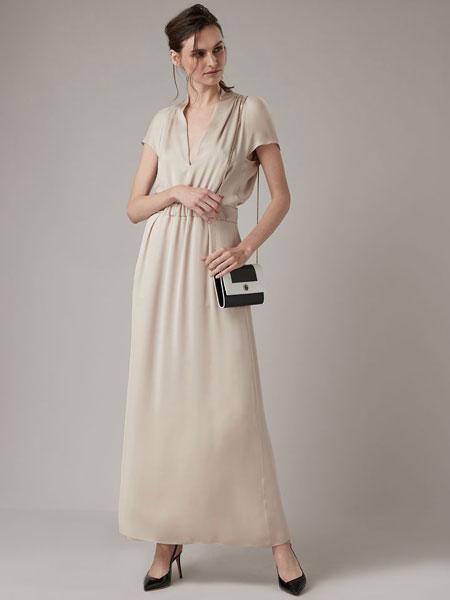 Emporio Armani安普里奥・阿玛尼女装品牌2019春夏新款赫本风V领连衣裙纯色高腰气质中长裙