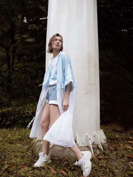 安泽雨女装品牌2019春夏新款韩版超薄透气长袖外套学生宽松bf衬衫领