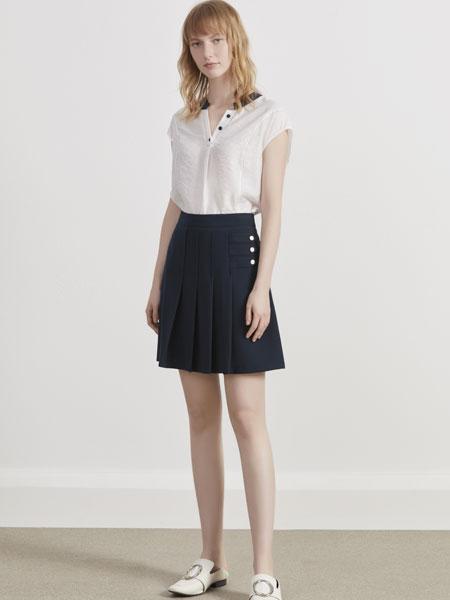 你即永恒女装品牌2019春夏新款V领宽松纯色气质衬衫上衣