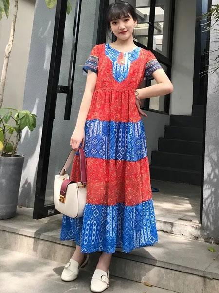 禾文阿思/印巴文化女装品牌2019春夏新款印花民族风收腰显瘦连衣裙