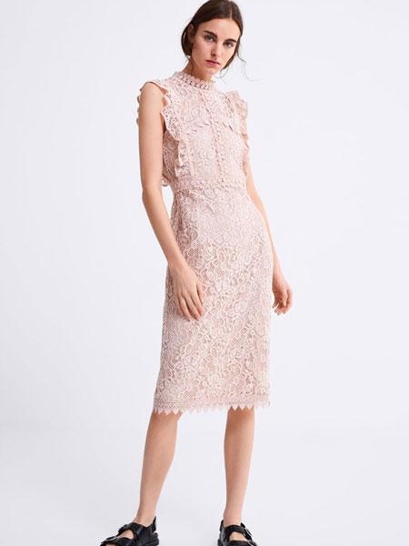 FREE STORE/ZARA女装品牌2019春夏新款气质修身中长款叠层装饰凸纹蕾丝连衣裙