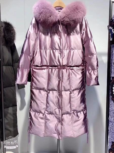 摩多伽格北京大码羽绒服专柜品牌女装折扣尾货走份批发