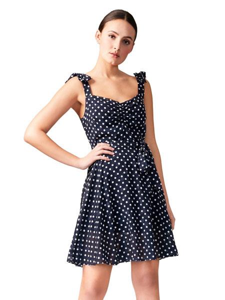 Betseyville贝齐城女装品牌2019春夏新款小清新高腰仙女无袖波点吊带连衣裙