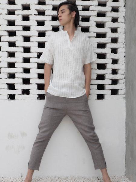 韩仕男装品牌2019春夏新款时尚休闲百搭翻领条纹短袖T恤