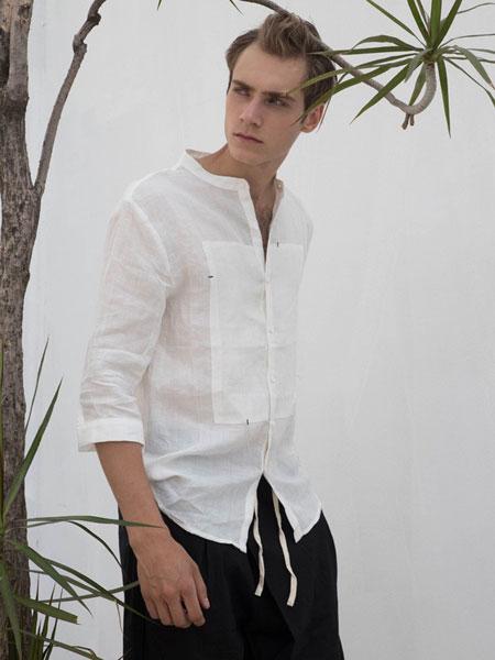HS男装品牌,坚持走简约舒适、休闲优雅的设计路线
