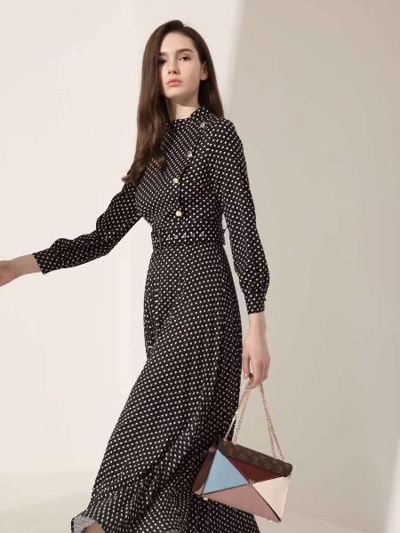 Newomadam女装品牌2019春夏新品
