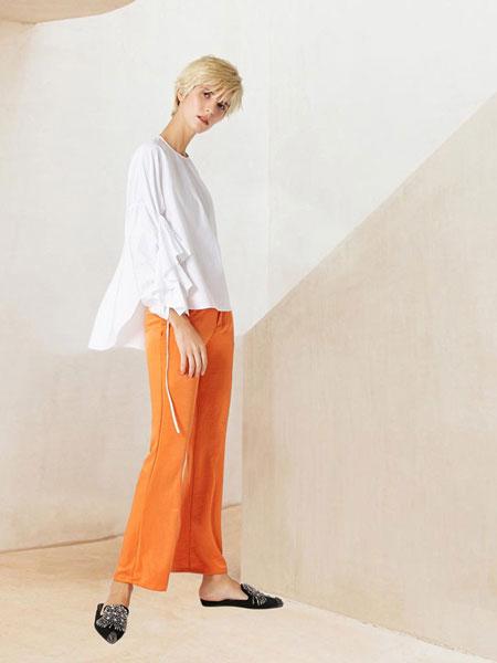WEN&VI女装品牌2019春夏白色棉质圆领抽褶袖部直筒宽松显瘦衬衫