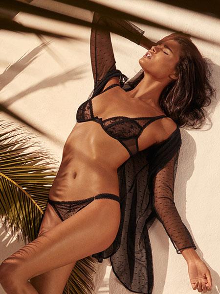 Andres Sarda安德烈斯·萨尔达内衣品牌2019春夏文胸套装无钢圈薄款蕾丝少女小胸聚拢内衣女性感胸罩