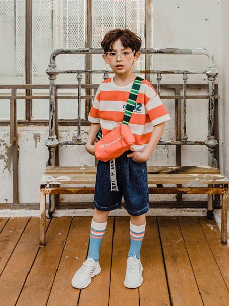 卡拉美童装品牌2019春夏新品卡通可爱M豆t恤条纹短袖