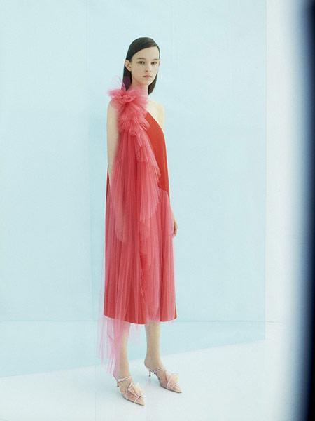 Derercuny女装品牌2019春夏新款斜肩气质显瘦长裙很仙的网纱连衣裙