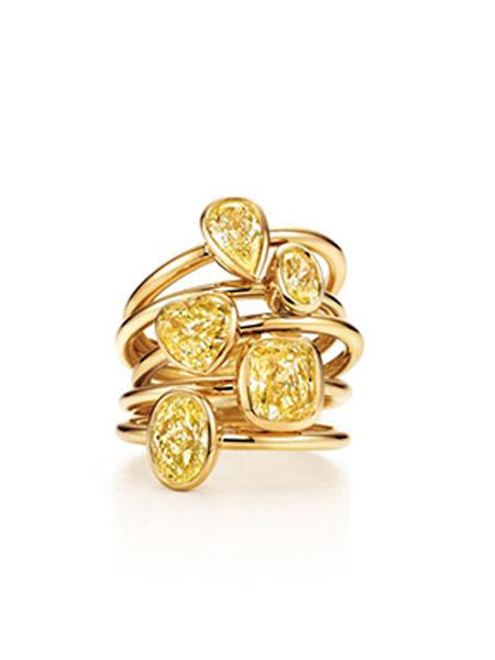 铂晶尔曼潮流饰品品牌2019春夏新款天然钻石彩钻黄钻简约大方黄钻戒指