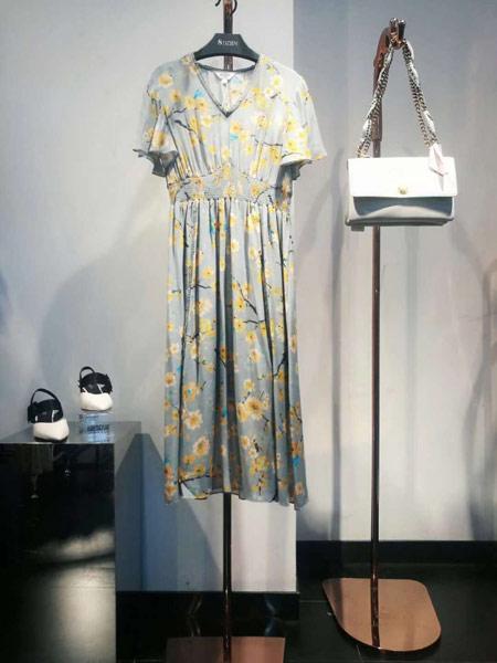 8DZIEN女装品牌2019春夏新款收腰显瘦V领碎花连衣裙
