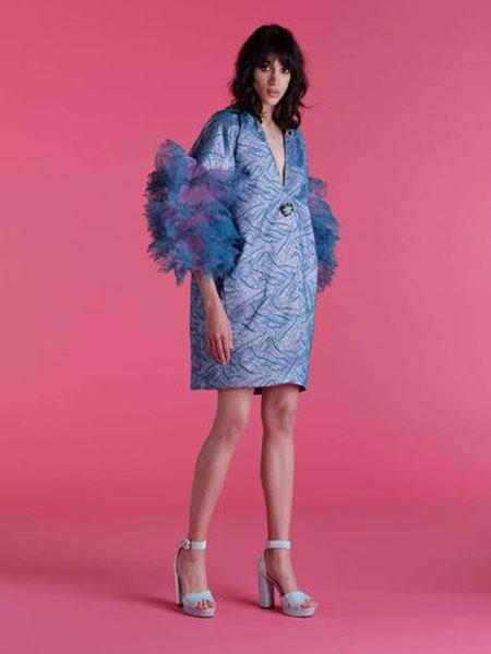 Emilio de la Morena埃米利奥·德拉莫雷纳女装品牌2019春夏新款时尚V领宽松显瘦连衣裙