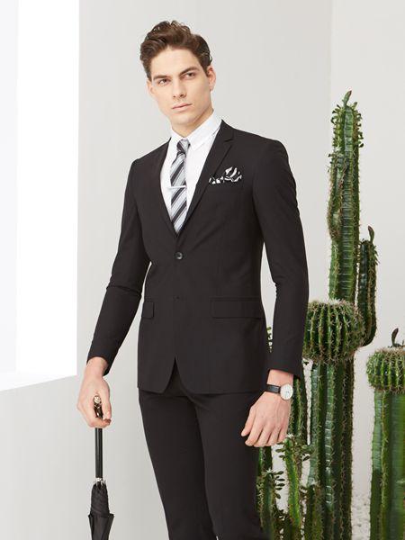 富绅男装品牌2019?#21512;男?#36523;休闲韩版外套长袖西服