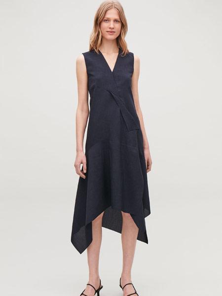 Beams Boy女装品牌2019春夏新款色V领收腰修饰不规则背心连衣裙