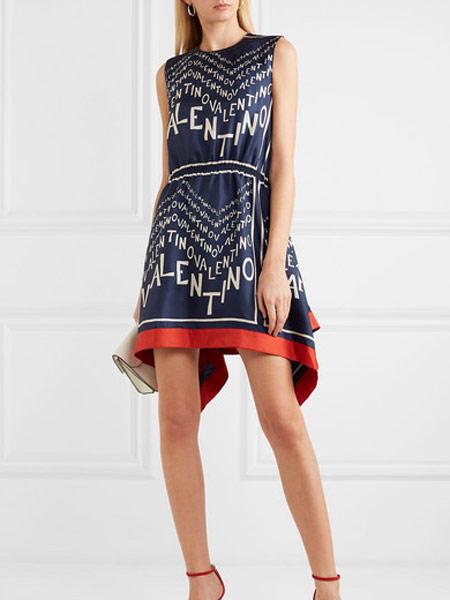Matchless London女装品牌2019春夏新款洋气优雅无袖高腰显瘦不规则连衣裙