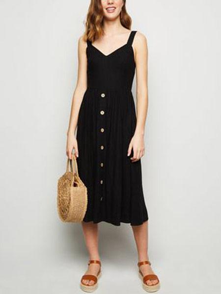 Doo.Ri杜里女装品牌2019春夏新款吊带式露背长裙收腰垂感连衣裙