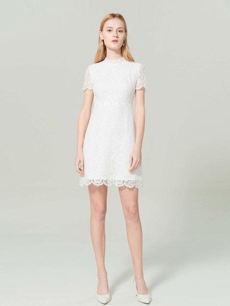 CAROLINE卡洛琳女装品牌2019春夏新款蕾丝钉珠高腰短袖连衣裙