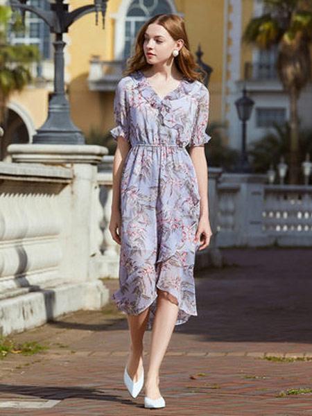 拉夏贝尔女装品牌2019春夏新款荷叶边收腰中长款雪纺碎花连衣裙