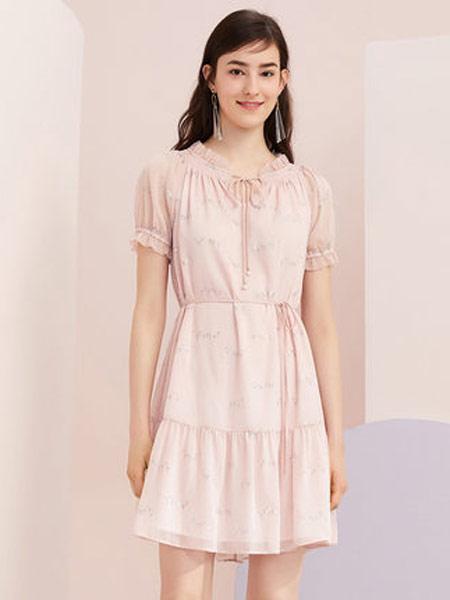 拉夏贝尔女装品牌2019春夏新款时尚荷叶边收腰雪纺气质连衣裙