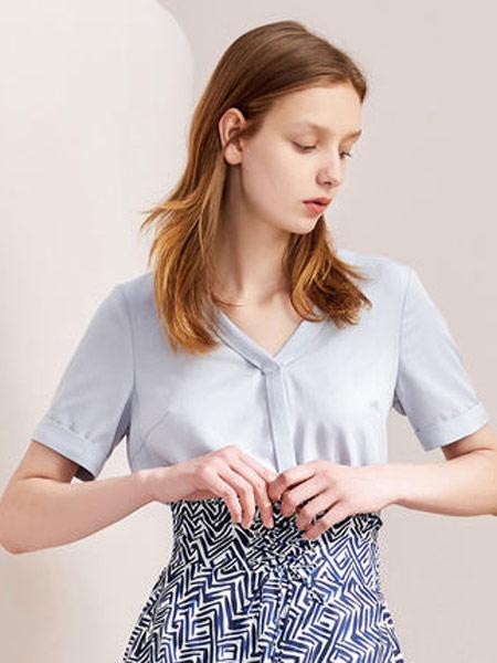拉夏贝尔女装品牌2019春夏新款韩版宽松洋气职业短袖衬衣气质v领衬衫