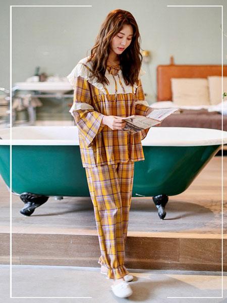 bananagirl香蕉女孩内衣品牌2019春夏韩版简约格子开衫梭织棉套装