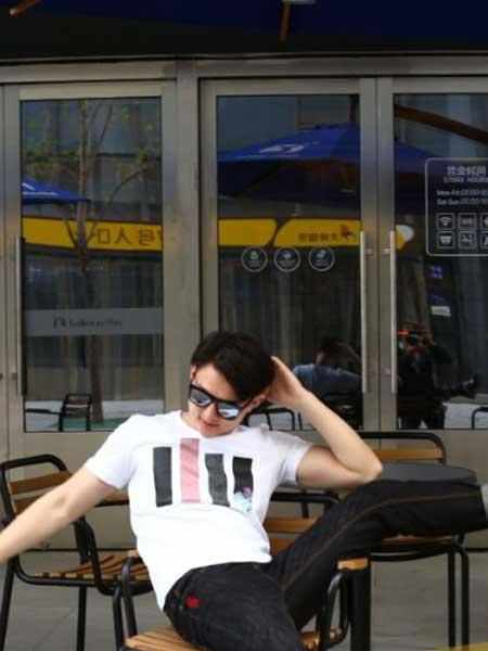 雅迪尼狮男装品牌2019春夏新款韩版时尚休闲百搭短袖T恤