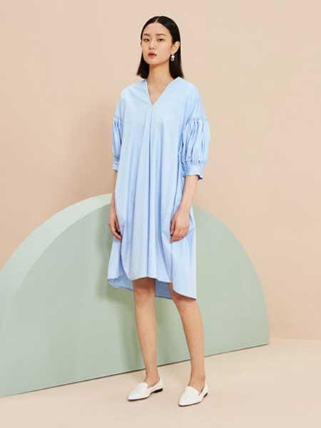 OVV女装品牌2019春夏新款时尚灯笼袖V领连衣裙