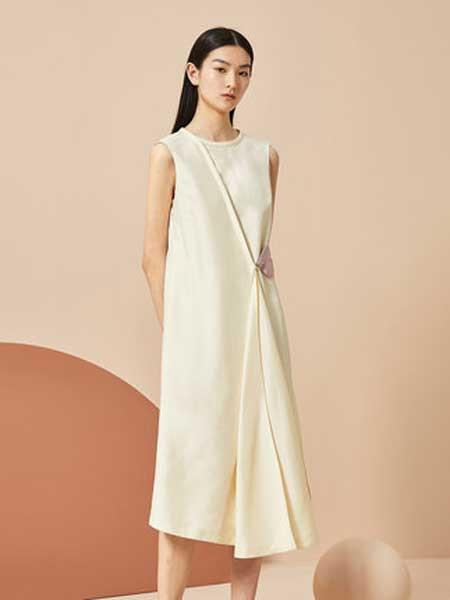OVV女装品牌2019春夏新款圆领收腰撞色绑带不规则褶皱无袖连衣裙